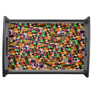 Återanvänd kapsylfotomosaik på portionmagasinet serveringsbricka