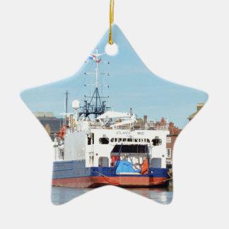 Atlantisk vind för granskningsfrakt julgransprydnad keramik