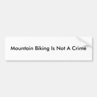 Att cykla för berg är inte ett brott bildekal