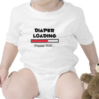 Att ladda för blöja - behaga väntan… t shirts