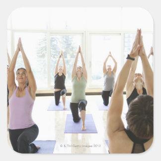 Att leda för Yogainstruktör klassificerar till och Fyrkantigt Klistermärke