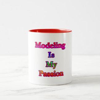 Att modellera är min passion Två-Tonad mugg