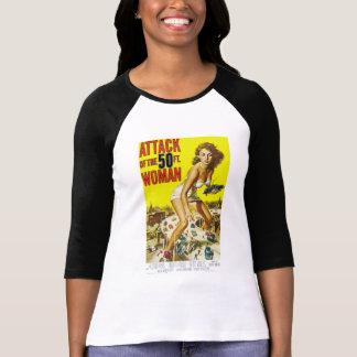 Attack av den 50ft kvinnan t-shirts