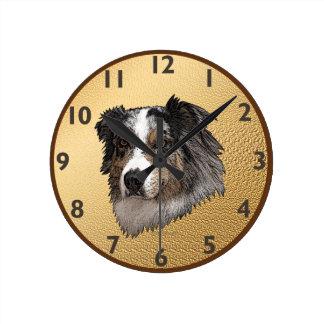 Australian shepherdporträtt medium rund klocka