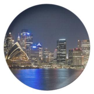 Australien Sydney. Horisont med det sedda operahus Tallrik