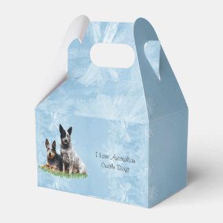 Australiensiska Cattledog på blåttkristall Presentask