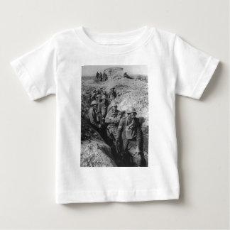 Australiensiskt ha på sig för infanteri som är t-shirt
