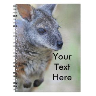 Australiensiskt infött djur för vallaby anteckningsbok med spiral