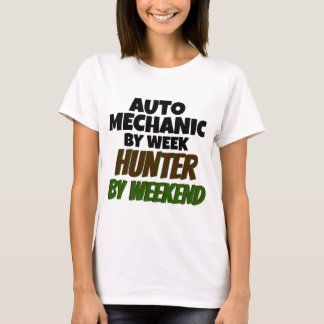 Auto mekaniker av veckajägaren vid helg tee shirts