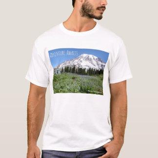 Äventyr väntar på (mer regnig Mt) - tänder Tshirts