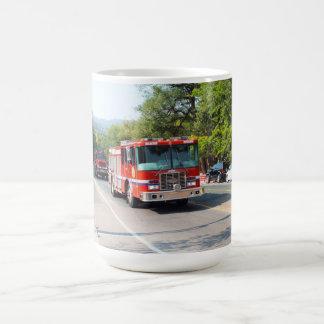 Avfyra lastbilar kaffemugg