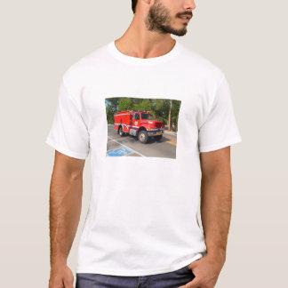 Avfyra lastbilen i Manitou vårar T-shirts