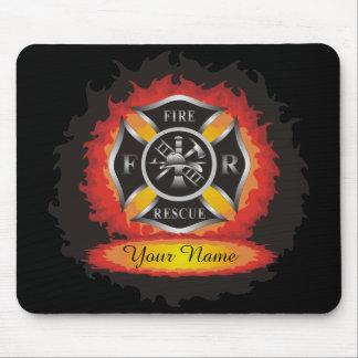 Avfyra, och räddingen flammar brandman musmatta