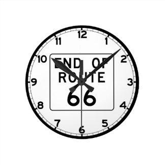 Avsluta av rutt 66 undertecknar rund klocka