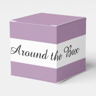 Avslutar den purpurfärgade kicken för lavendel pappersaskar