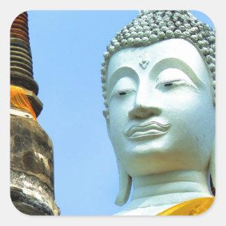 Ayutthaya. Wat Yai Chai Mongkol. Fyrkantigt Klistermärke
