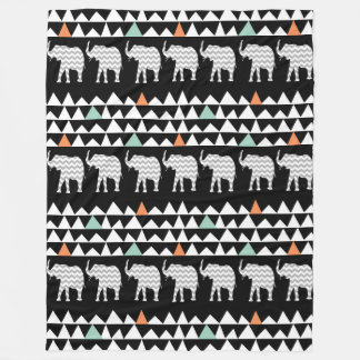 Aztec Andes stam- elefantsparrar på svart Fleecefilt