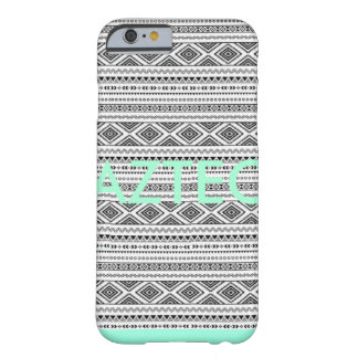 Aztec med vridningen barely there iPhone 6 skal