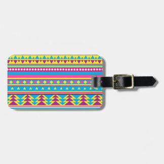 Aztec stam- i livliga färger bagagebricka