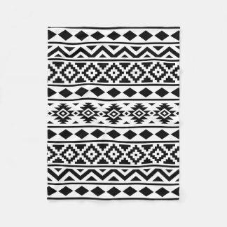 Aztec svart för extraktmönster III på vit Fleecefilt