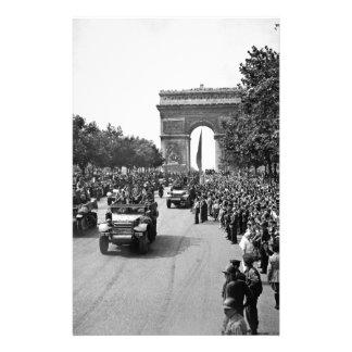 B&W Arc de Triomphe 2 Brevpapper