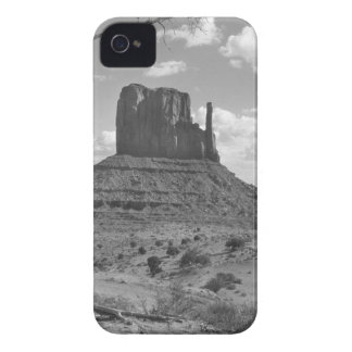 B&W-monumentdal i Arizona/Utah 4 iPhone 4 Case-Mate Skydd