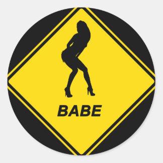 """""""Babe"""" design Runt Klistermärke"""