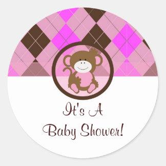 baby shower för brunt för apaklistermärkerosor rund klistermärke