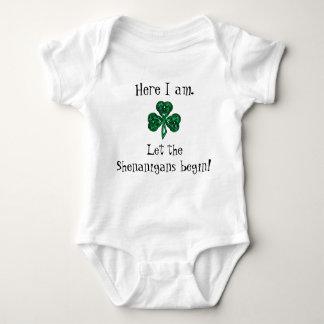 Baby st patrick's day l5At ståhejen börja! T-shirts