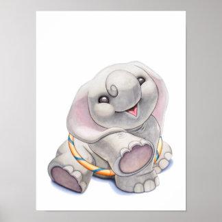Babyelefant med detRing barnkammaretrycket Poster