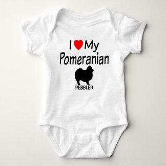 Babyen älskar en Pomeranian hund T Shirts
