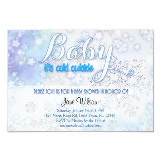 Babyen är det kallt utanför baby shower 8,9 x 12,7 cm inbjudningskort
