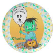 Babyen Frankenstien första Halloween pläterar Fest Tallrikar