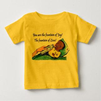 Babyfontän av kärlek tee
