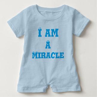 Babyromper mig förmiddag ett mirakel t shirt