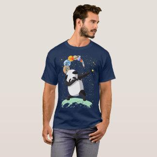 Badda pandaen på designen för måneutrymmeklick tröja