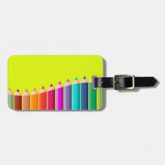 Bagagemärkre med färgblyertspennor bagagebricka