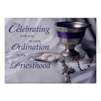 Bägare för prästprästvigninggrattis, varar värd, R Hälsningskort