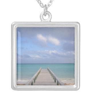 BAHAMAS storslagen Bahama ö, östlig sida: Silverpläterat Halsband