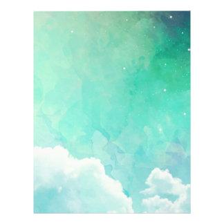 Bakgrund för himmel för drömlik skymninggrönt brevhuvud