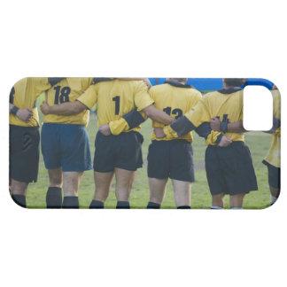 Baksidaen beskådar av rugbylaganseende med deras iPhone 5 Case-Mate cases