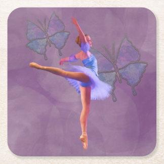 Ballerinaen i Arabesque placerar i lilor och blått Underlägg Papper Kvadrat
