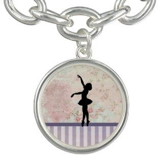 BallerinaSilhouette på elegantt vintagemönster Berlockarmband