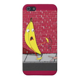 Banan som halkar på en personiphone case iPhone 5 skal