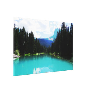 Banff smaragd kanvastryck för sjö