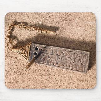 Bärbart sundial, silver och guld, 10th århundrade  musmatta