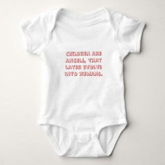 Barn är änglar, den mer sistnämnd evolve in i t-shirt