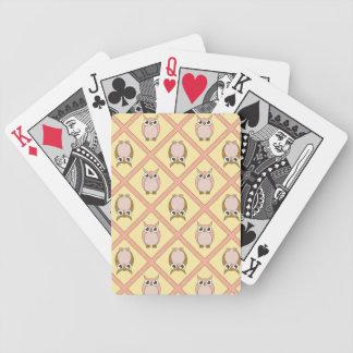 Barnkammareugglor som leker kort - rosor spelkort
