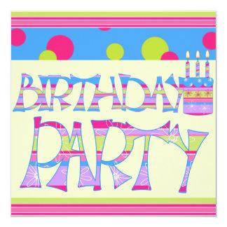 Barns födelsedagparty fyrkantigt 13,3 cm inbjudningskort