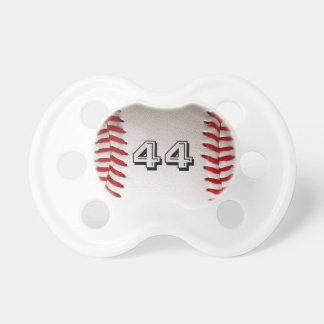 Baseball med anpassade numrerar napp